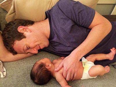 Марк Цукерберг с новорожденной дочерью ФОТО