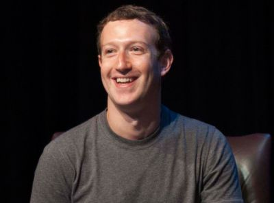 Zuckerberg shares an adorable photo of his daughter
