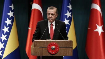 Erdogan: Turkey not to pull troops out of Mosul
