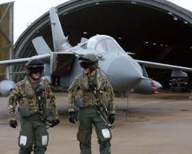 IS kills five Russian hostages