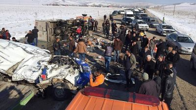 Turkey traffic accident leaves 11 dead