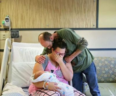 Dad dies rushing to hospital for child's birth