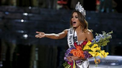 Miss Colombia mistakenly crowned Miss Universe