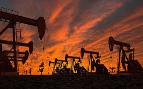 Oil price falls to lowest since July 2004