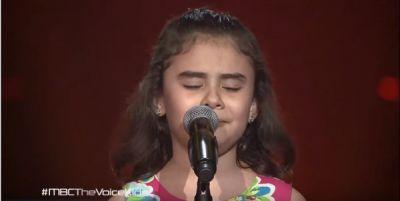 Песня сирийской девочки заставила плакать весь зал
