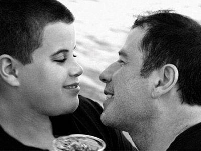 Актер опубликовал трогательное сообщение в память о сыне