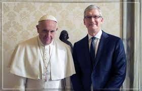Папа Римский встретился с главой Apple Тимом Куком ФОТО