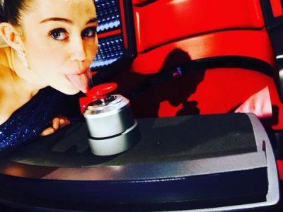 Майли Сайрус выбрана советником нового сезона шоу The Voice ФОТО