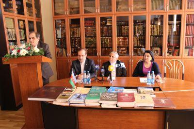 Состоялось заседание круглого стола на тему «Иран на современном этапе» ФОТО