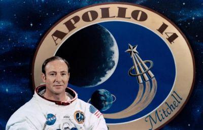 Amerikalı astronavt vəfat edib