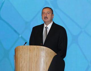 Ильхам Алиев: Армения должна покинуть захваченные земли