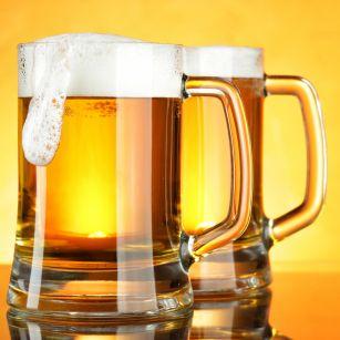 Азербайджан вводит запрет на оптовую торговлю пивом за наличный расчет