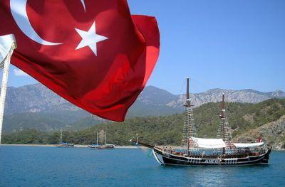 Турпоток в Турцию резко сократился