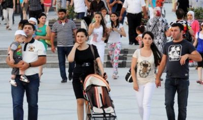 В Баку снизилась рождаемость, а смертность выросла