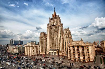 МИД России поддерживает контакт с коллегами из Азербайджана и Армении