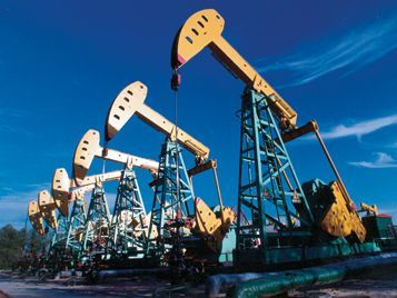 Нефть на мировом рынке дешевеет