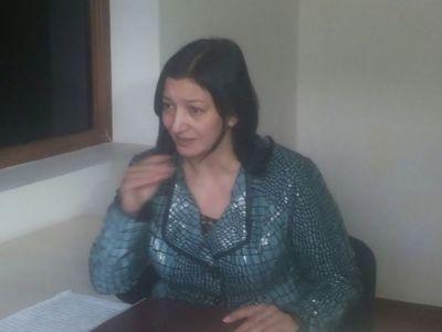 В Гяндже женщина выдавала себя за посла Украины