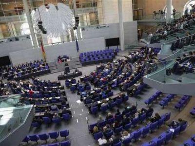 Bundestaq qondarma ''erməni soyqırımı''nı tanıdı