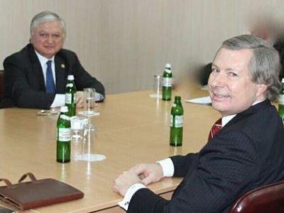 Уорлик и Налбандян обсудили Нагорный Карабах