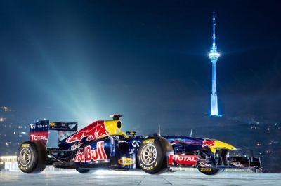 Организатор «Формулы-1» не исключил проведение ночной гонки в Баку