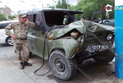 ДТП в Ереване: пострадали военнослужащие