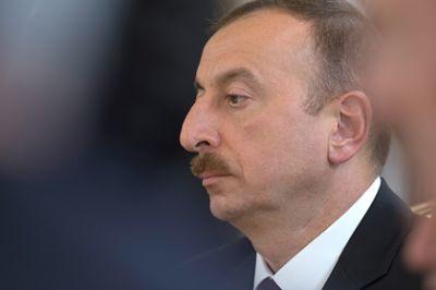 Ильхам Алиев соболезнует Обаме