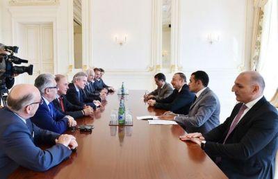 Президент Азербайджана принял французскую делегацию
