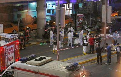Фоторепортаж: Теракт в Стамбуле