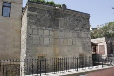 """""""Aşur"""" məscidində bərpa-restavrasiya işlərinə başlanıb RƏSMİ AÇIQLAMA"""