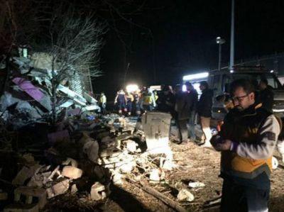 Türkiyədə 5 nəfər ölüb, 12 nəfər yaralanıb
