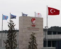 Türkiyədə 94 futbol hakimi işdən azad olunub