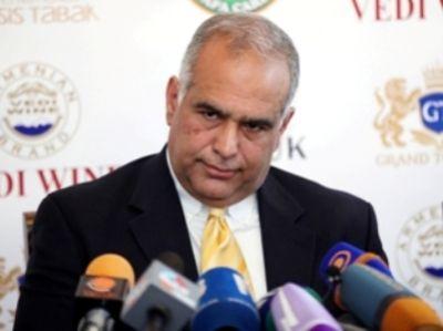 """Raffi Ovannisyan: """"Belə getsə, Ermənistan çoxlu itki verəcək"""""""