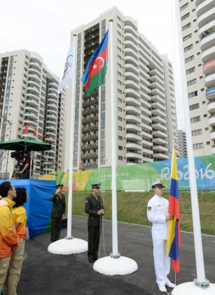 Rio-de-Janeyrodakı Olimpiya Kəndində Azərbaycan bayrağı qaldırılıb
