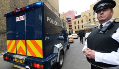 В Лондоне неизвестный напал на прохожих с ножом, есть жертвы