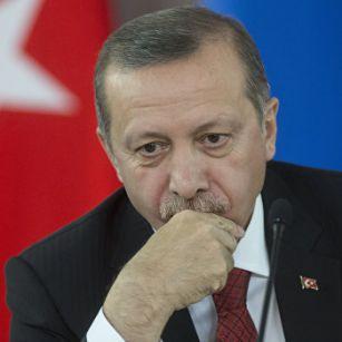 Президент Турции не смог сдержать слез