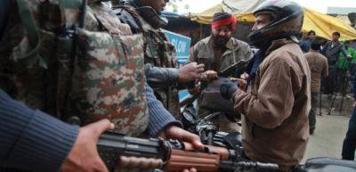 Hindistanda bazar atəşə tutuldu 14 ölü, 15 yaralı
