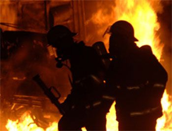 Bakıda 2 ev yanıb