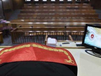 Türkiyədə 648 hakim və prokuror saxlanılıb