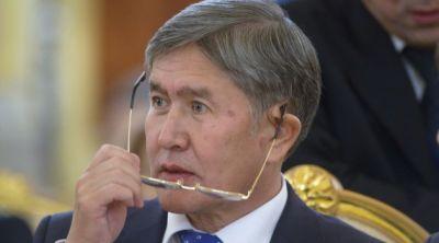 """Atambayev: """"Mini yubka geyinən qadınlar canlı bomba olmur"""""""