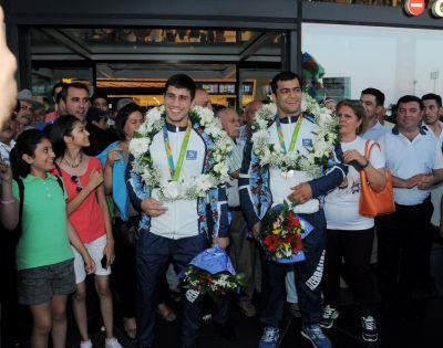 Olimpiya Oyunlarında uğurla çıxış edən cüdoçularımız Vətənə qayıtdılar!