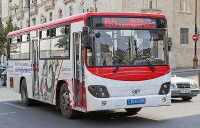 В Баку проведут мониторинг такси и автобусов