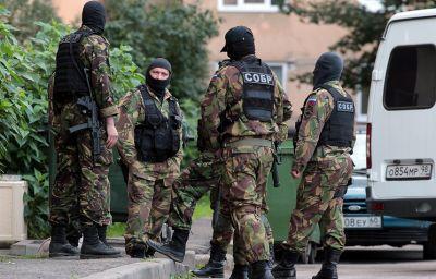 Sankt-Peterburqda üç silahlı öldürülüb