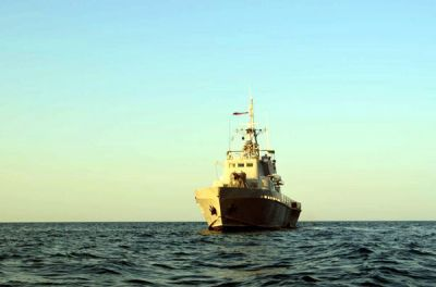 ВМС Азербайджана начали учения