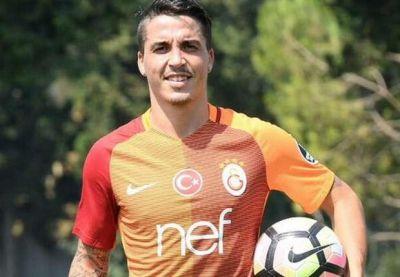 """""""Qalatasaray"""" """"Portu""""nun futbolçusunu transfer edib"""