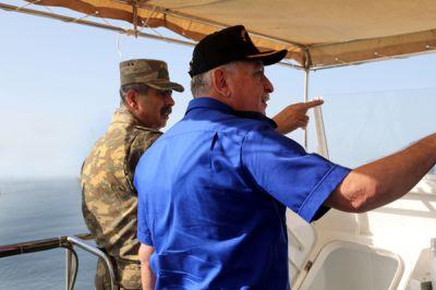 Hərbi Dəniz Qüvvələrində təlimlərinin döyüş atışları icra edilib