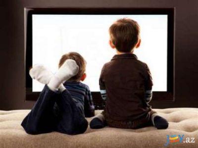 Diqqət: Televizora çox baxan uşaqlar piylənmədən əziyyət çəkir