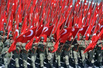 Турция проведет военный парад без танков и истребителей
