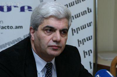 Erməni politoloqa Rusiyaya girişi qadağan edildi