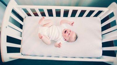 Tez-tez ağlayan uşaqlarda piylənmə riski yüksəkdir