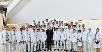 Prezident Azərbaycan Milli Olimpiya komandasının üzvlərini təltif edib